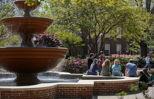 Campus Scenes. Photo by Marlee Crawford/Ole Miss Communications